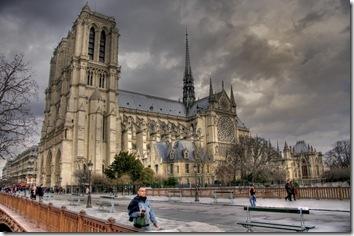 notre-dame-cathedral-cathedrale-de-notre-dame-de-paris-paris