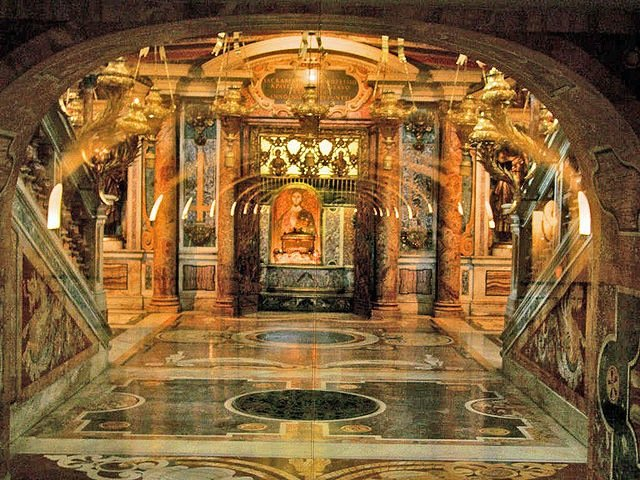 StPeters_grave_Bernini - Tomb designs - Lifestyle, Culture and Arts